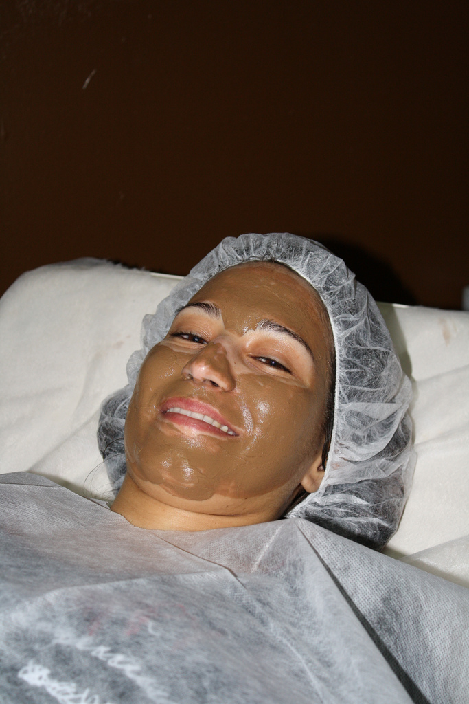 Massagem Facial de Chocolate